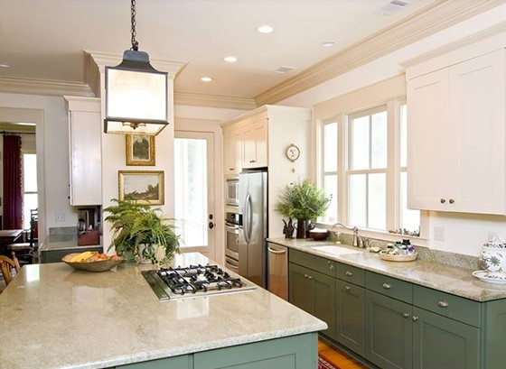Kitchen with Crown Moulding